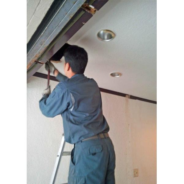 画像5: 手動および電動シャッター修理・設置工事
